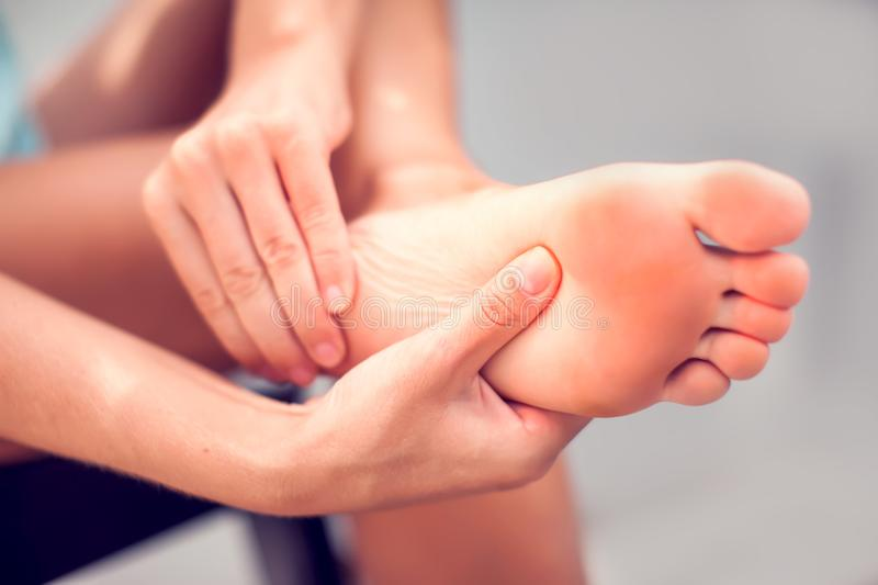 living with arch foot pain